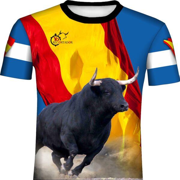 Camiseta taurina con toro bravo y bandera de españa cruzada